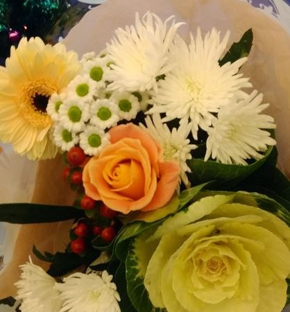 A 999 caller who abused a Scottish Ambulance Service call handler apologises with flowers