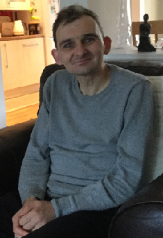 Police appeal after 42 year old Lee Gibb reported missing from Craigmillar