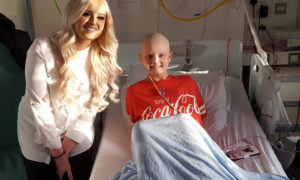 X Factor star sings for children in Sick Kids hospital