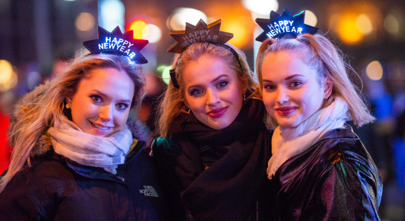 Thousands enjoy Hogmanay at Edinburgh street party